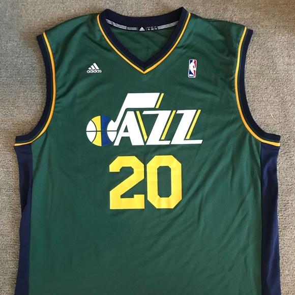 on sale 4982b 4ec02 *signed* Gordon Hayward Utah Jazz Jersey XL